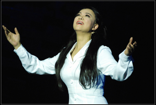 观歌剧《青春之歌》(组图)