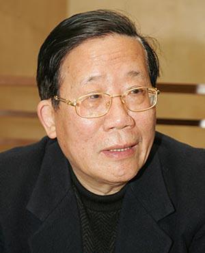 周瑞金:中国改革分三步:社会大步走 政治需勇气