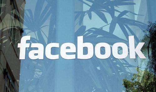 谷歌Facebook:冰与火