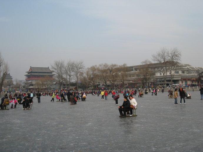 2010元旦什刹海滑冰