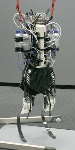 让机器人跑一会儿