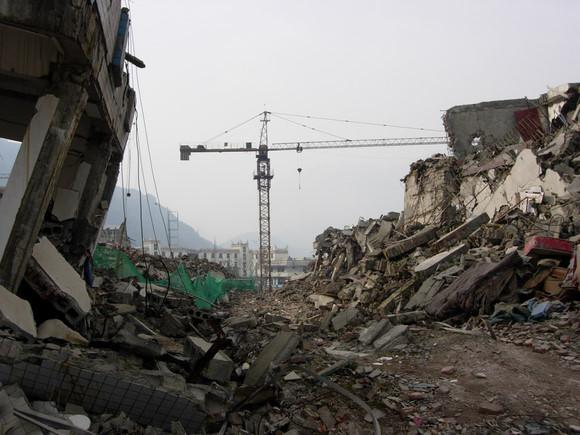 重建与希望