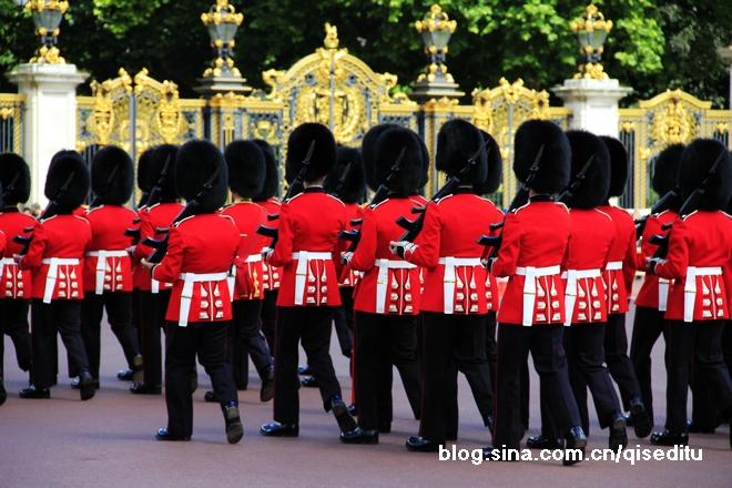 【英国】白金汉宫的卫兵换岗仪式