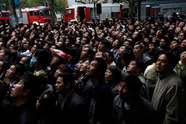 上海大火案:一周年,政府怎么维稳?
