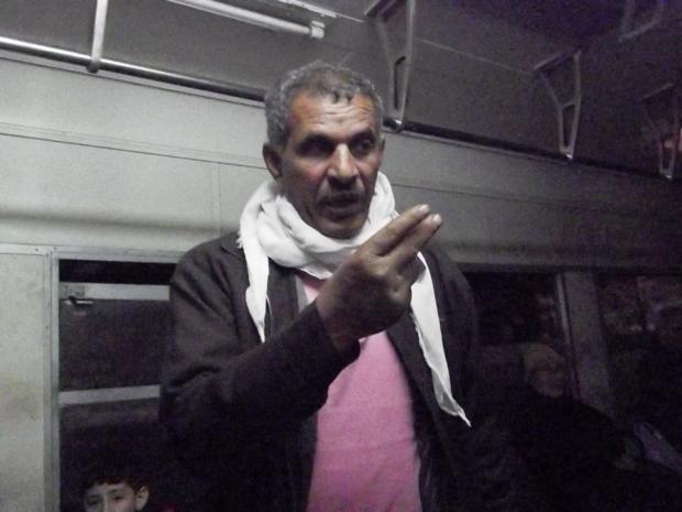 开罗公车上遇到售票员