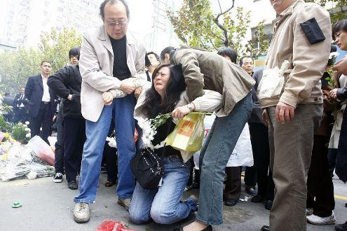 在鈥溚菲哜澃Ц柚校虾J忻袼担喝嗽谧觯煸诳矗ㄗ橥迹
