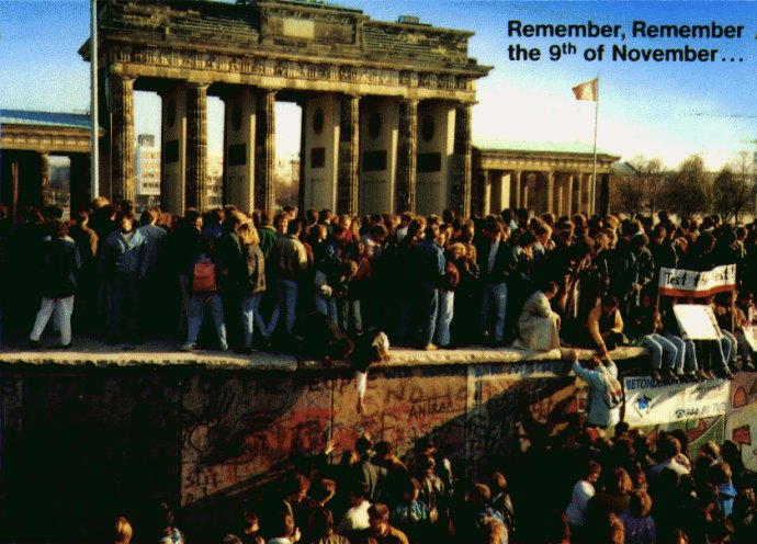 (朱大可)柏林墙倒塌20周年:大墙、逃亡与涂鸦