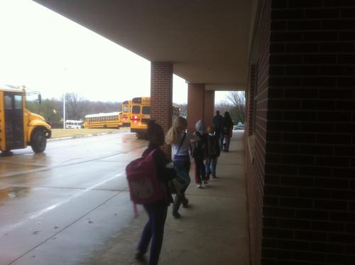 美国学校的学生接送管理