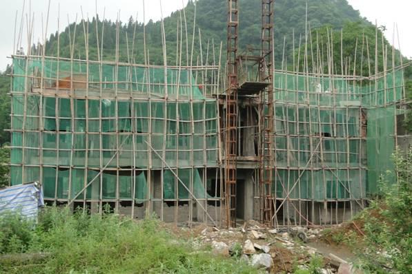 部分华中科大校友捐建的等堆华中科技大学校友希望小学建设进度,6月15日
