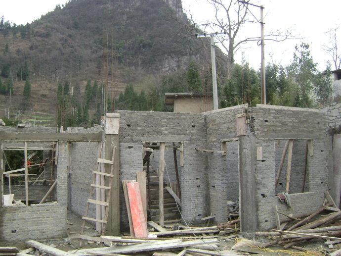 组织捐助建设的贵州普定县补郎乡等堆希望小学建设进展,3月16日