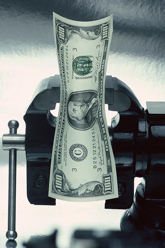 美元流动性危机侵袭中国