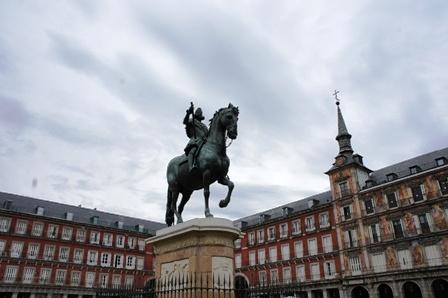Plaza Mayor上供着的菲利佩二世,西国史上最屌的带头大哥