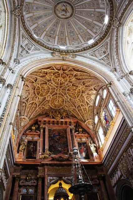 教堂的穹顶