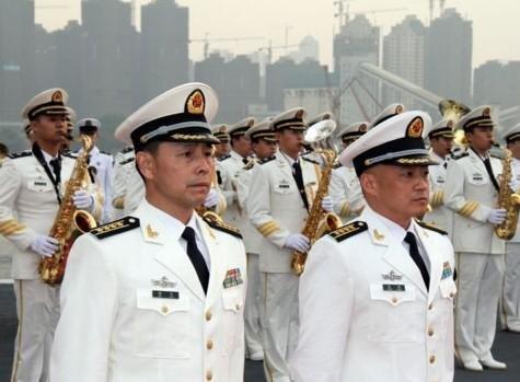 转载:辽宁号舰长政委谈中国首艘航母
