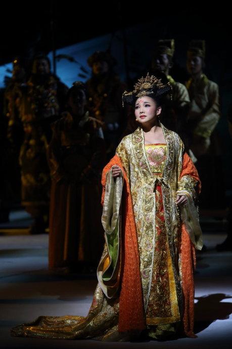 [转载]王莉首演《文成公主》盛大亮相