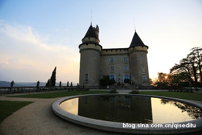 【法国】卡奥尔,住在古老城堡中