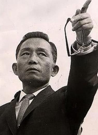 韩国女总统的父亲总统在伪满东北