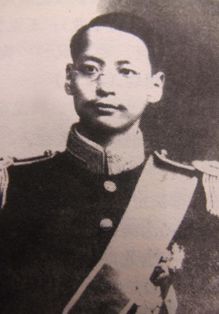 谁上书毛泽东保住了袁崇焕墓?