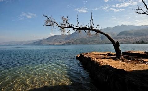 我们为何保护不了中国最洁净的淡水湖