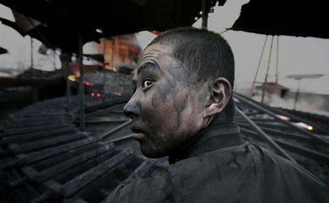 摄影师卢广:见证中国的环境之殇