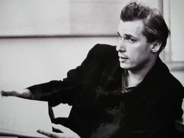 二十世纪著名钢琴家Glenn Gould与巴赫的协奏曲