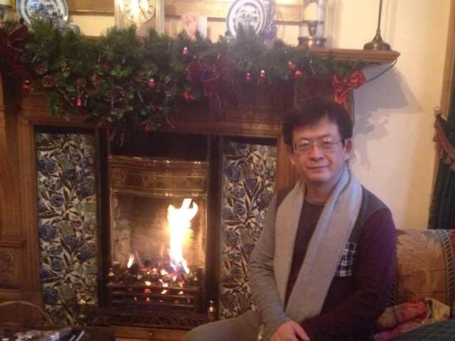 吕良彪:温暖惦念、美好祝福——自爱丁堡的围炉问候
