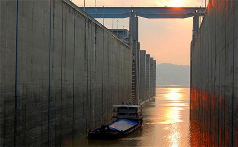 """水电""""疯狂"""" , 中国亟需""""河流生态红线"""""""