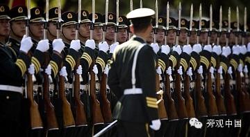 【旁观日记】中国军人块头变大,坦克驾驶舱坐不下啦