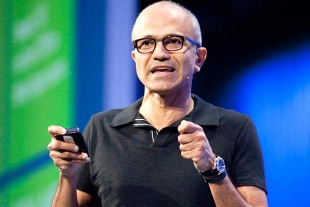 纳德拉干不了多久,盖茨必将重返微软