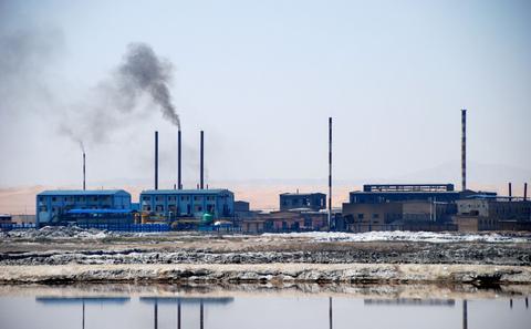 中国工厂主哀叹 天不再蓝水不再清