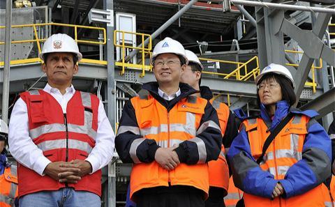 中铝国内频频污染 国外被评典范