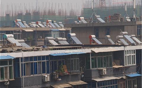 太阳能热水器:中国混合能源的重要角色