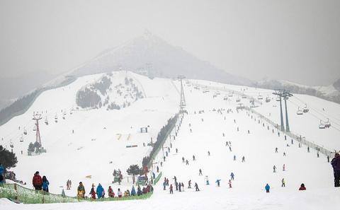 北京:人造雪办冬奥会?