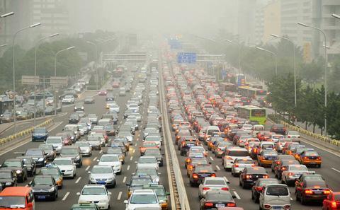 环保部首次明确北京首要污染源为机动车