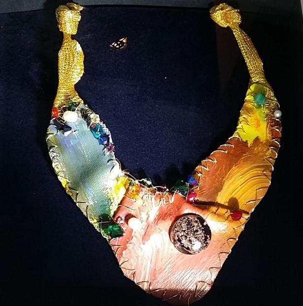 """GIU FE:将油画作品和珠宝设计融合起来的""""油画式珠宝"""""""