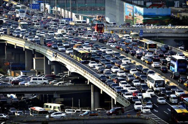 是谁在给我们的城市添堵?