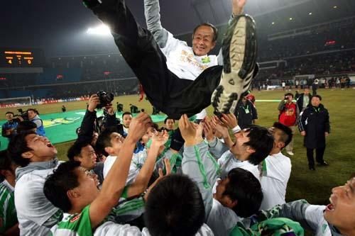 洪元硕,北京足球不会忘记你