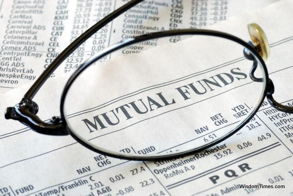 """购买基金""""贵的不一定是对的"""""""
