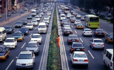 机动车是碳排放达峰隐患