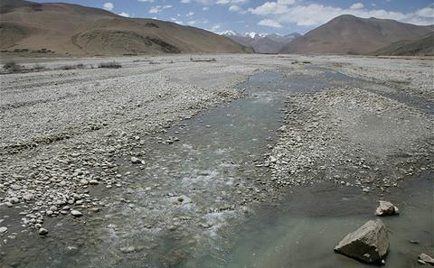 西藏少雪意味着欧洲热浪