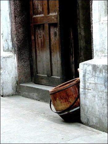 朱大可:卫生空间的私密、展览与冲突(上)