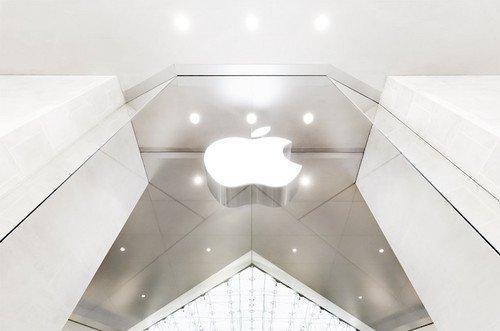 苹果帝国:正在夹缝中捡金子