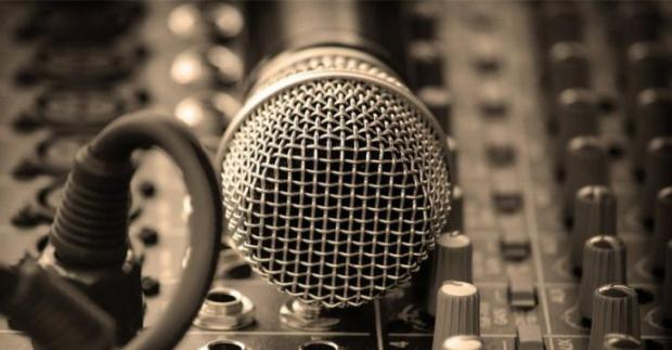 网络音乐正版化的推进和阻碍