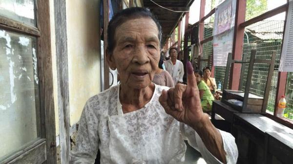 """一人一票的缅甸大选,离不开""""选举油墨"""""""