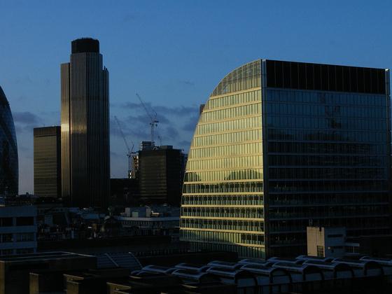英国金融部门将加强绿色信贷