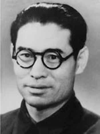 为什么邓小平说高岗活动毛主席也有责任