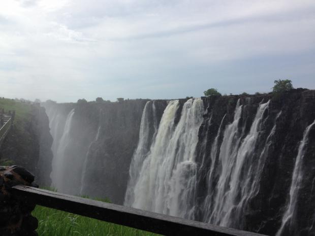 非洲之行(1):维多利亚大瀑布与利文斯敦