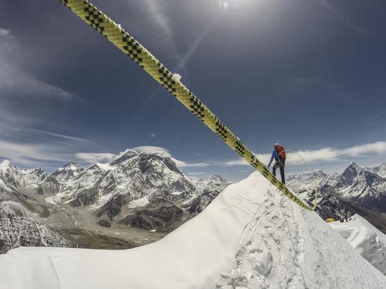 夏尔巴人:攀登珠峰的风险与日俱增