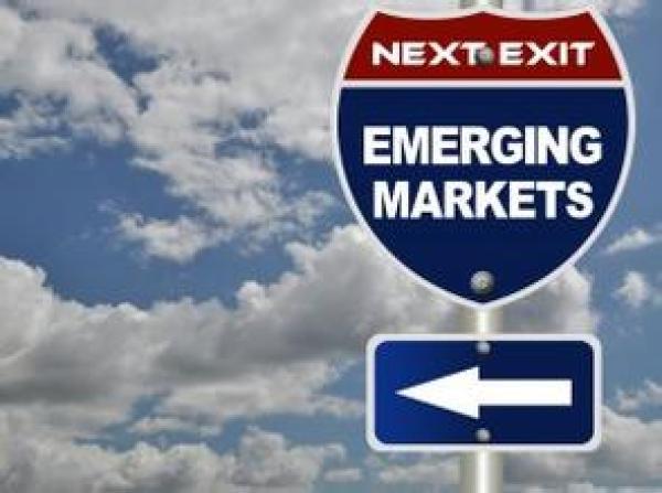 """机构:新兴市场机会""""十年一遇"""""""
