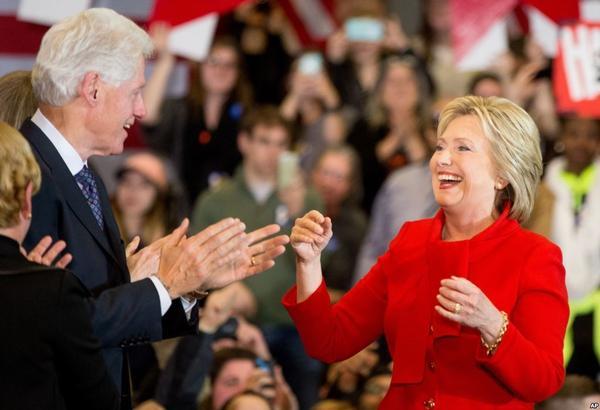 爱荷华预选赛之后,民主党双雄对决之势已显 | 民主党竞选周记